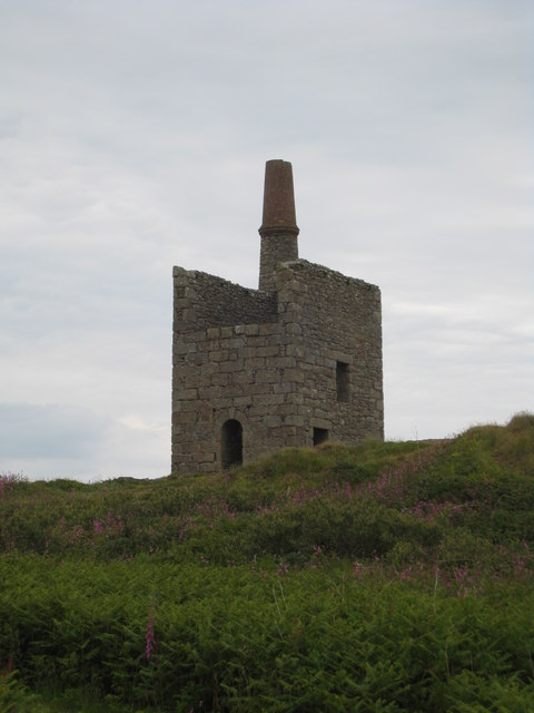 greenburrow_pumping_engine_house_at_ding_dong_mine_-_geograph-org-uk_-_846597