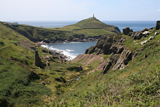 kenidjack_valley_meets_the_sea_-_geograph-org-uk_-_493077